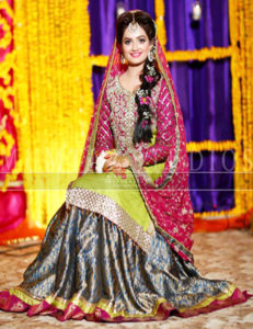 latest-bridal-mehndi-dresses-8