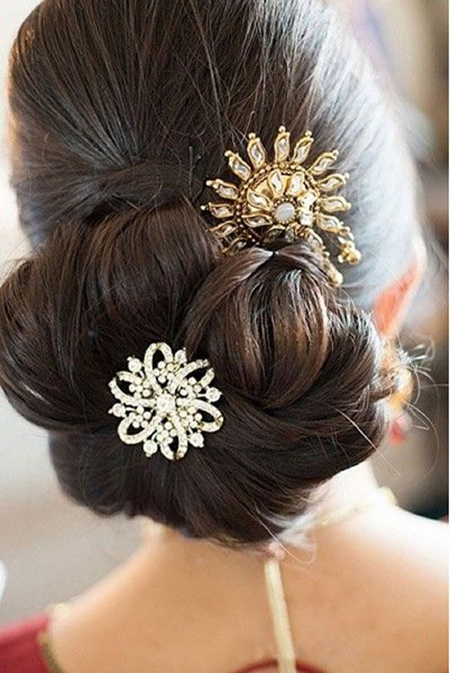 Classic Bun Hairstyle for wedding event