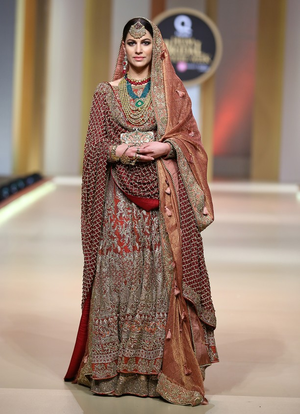 HSY mehndi collection