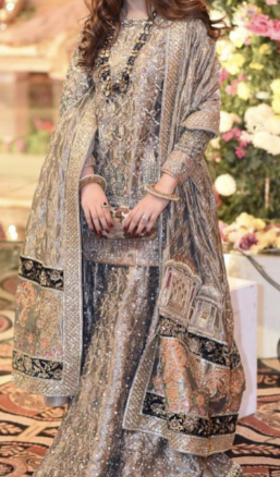 Charming Kurta and Lehenga Dress Idea for Bride's Sister
