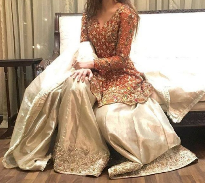 Beautiful Barat Dress Design Ideas for Bridal Sisters