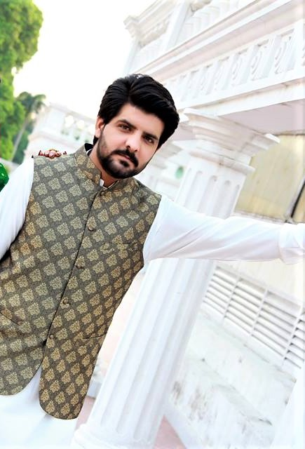 Mehndi kurta design for groom