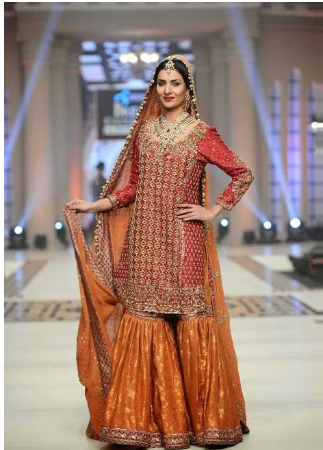 Embroided Sharara for Mehndi Bridal Dress Design 2020