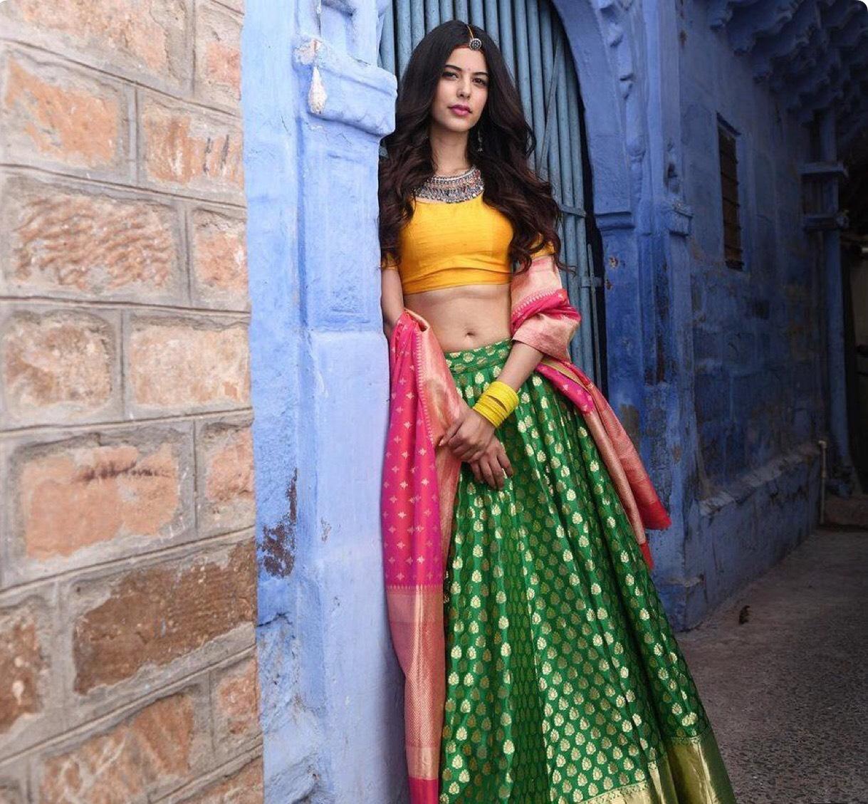 Latest Pakistani Mehndi Dresses Design Ideas For Girls Style N Stylu